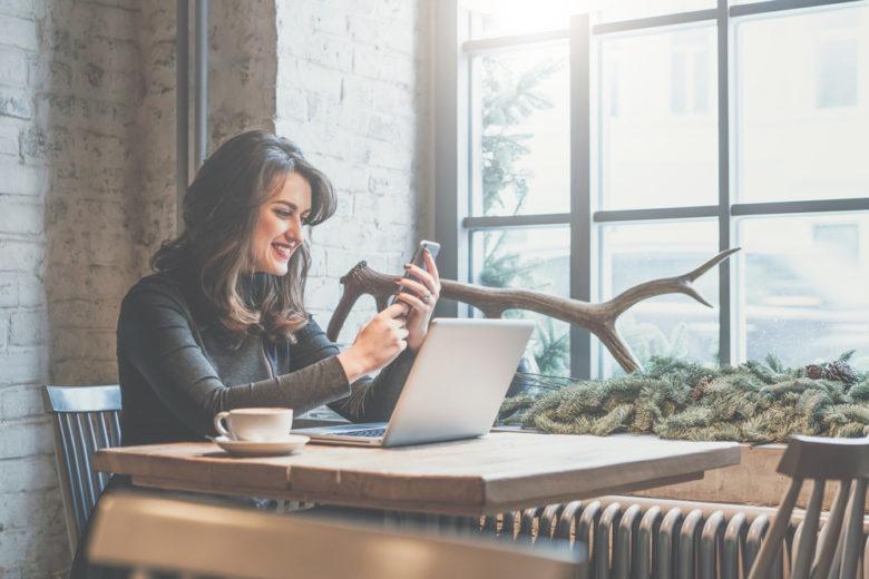 主婦が在宅でも稼げる携帯チャットレディやメールレディを詳しく解説!