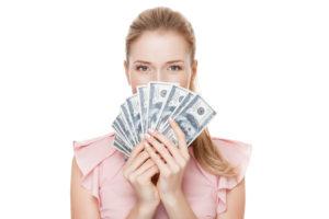 日給3万円以上の手取りを手にした女性