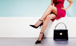 綺麗な脚の女性画像